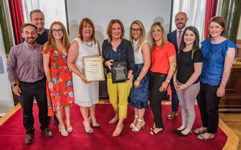Hospice receive Fundraising Team of the Year from IOFNI